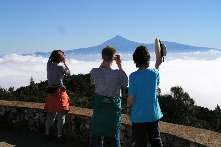 Hiking on La Gomera, View to the Teide